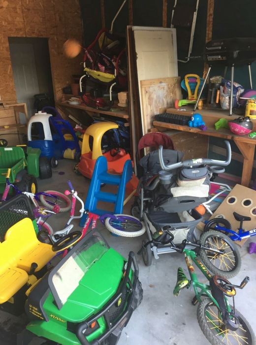 Click to read key organization strategies from Amanda, a mother of six children under six! Whether you need motivation to do the work, the tips to get your garage organized, or the tools to keep it organized, Amanda will help you get your garage glowing.