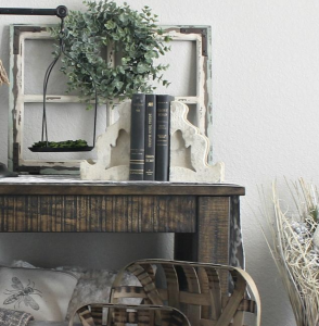 Hey friends, click the image to check out one of these 8 simple farmhouse home decor ideas! Farmhouse decor reflects a simpler time, and can easily be mixed with almost anything. Whether your style is shabby chic, traditional, modern or glam, you can add vintage pieces to give your space Farmhouse charm.