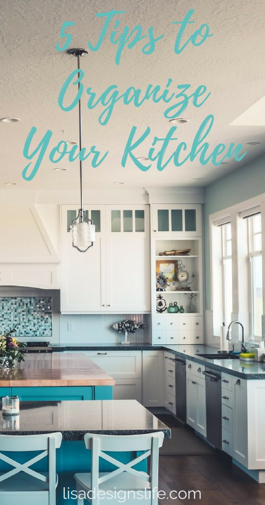 5 tried and true kitchen organization hacks.  The kitchen is one of the busiest rooms in your home, a hub of activity and the centre for your creativity while you cook up a storm! A few little changes can go a long way in keeping your kitchen organized! Click the image to learn our favourite five tips today! #organizationhacks #kitchen #organizationtips #simplehome