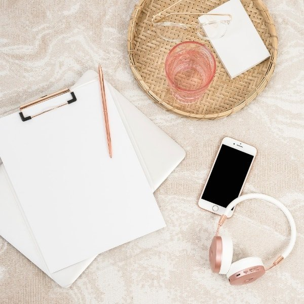Self-care ideas to put yourself first. Create a playlist of all your favourite music. This could be music that makes you feel happy, relaxed or any feeling you want to feel. Make the time to listen to this playlist throughout the day - when getting ready, in the car or doing the housework. It's a great way to improve your mood and feel amazing when doing everyday activities. Lisa xo #music #self-care #happiness #inspire #happiness
